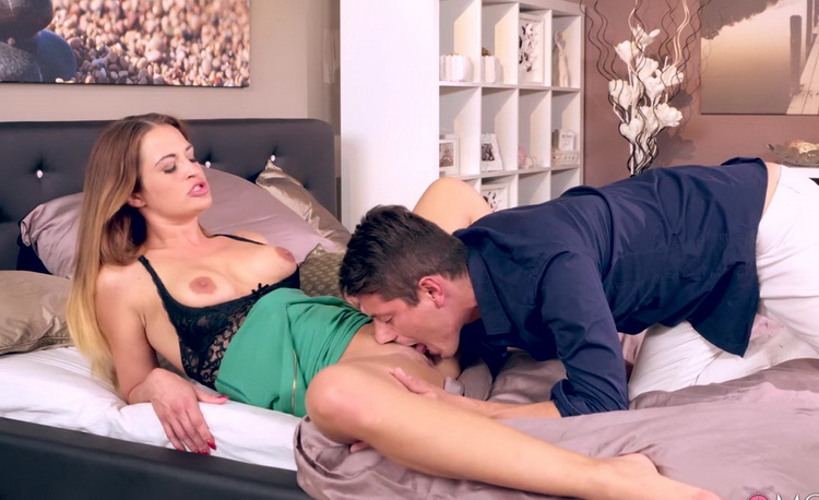 Nicole Vice - Deep Abiding Love [MomXXX/SexyHub] FullHD 1080p