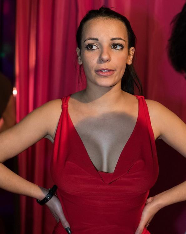Busty slut Sophia Laure assfucked, DPed in stripclub SZ1460 - Sophia Laure, Erik Everhard, Ian Scott, Kendo Ortiz, Kai Taylor [LegalPorno] (HD 720p)