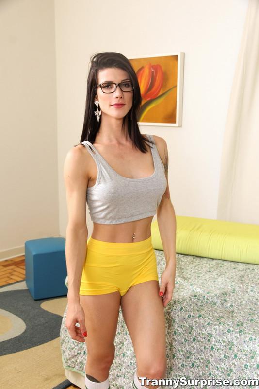 TrannySurprise.com: Study Break Starring: Victoria Carvalho