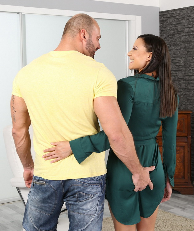 SimplyAnal.com: Ass To Mouth Action Starring: Cassie Del Isla