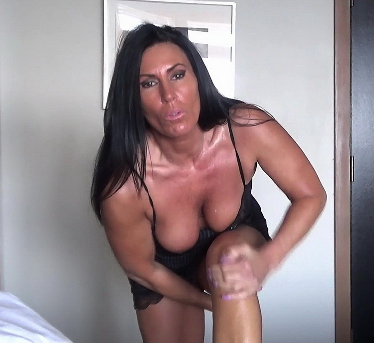 Katie71 ~ Mom and Sons Night at the Hotel ~ Manyvids ~ FullHD 1080p