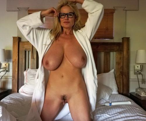 Kelly Madison - Morning Wood (FullHD)