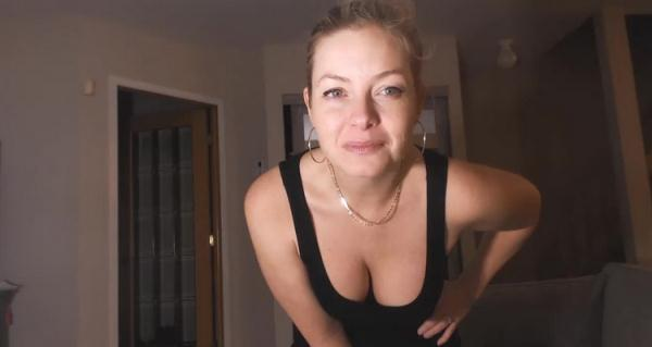 Bullies Blackmail Mom infront of Son - Missbehavin26 [Manyvids] (HD 720p)