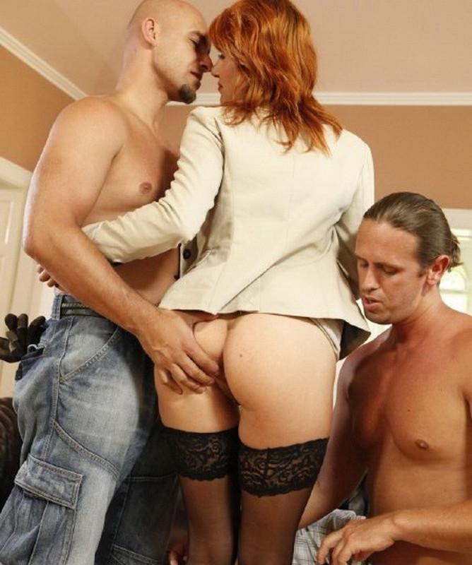 MagmaFilm.com: Cum On Me Boys Starring: Lucy Bell