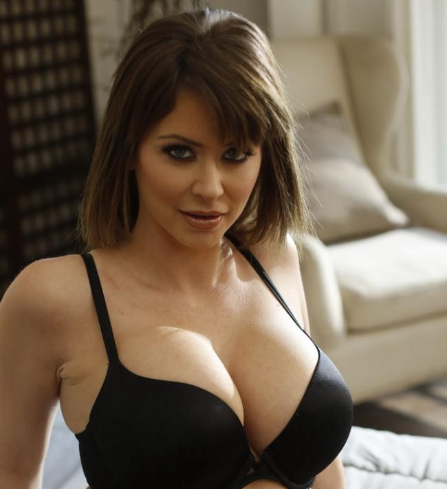 Emily Addison - Look Who Is Here For Emily (2021 HotWifeXXX.com NewSensations.com) [FullHD   1080p  2.15 Gb]