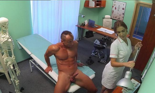 Alexis Crystal aka Anouk - Cheated boyfriend wants tests but gets revenge with sexy blonde nurse (2021 FakeHospital.com FakeHub.com) [HD   720p  1.04 Gb]