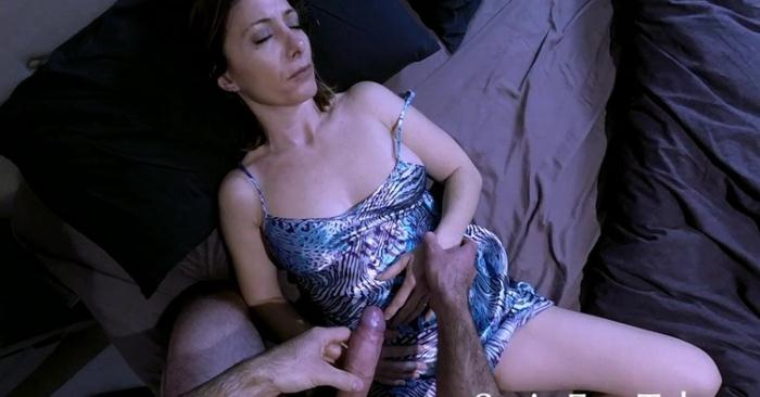 mother - Abusing mothers trust XBJx (HD 720p) - SATINFUN TABOO/Clips4Sale - [2021]