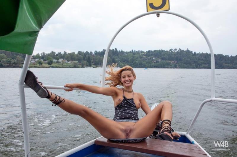 Watch4Beauty.com - Agatha Vega - Fun On The Boat (1080p/FullHD)
