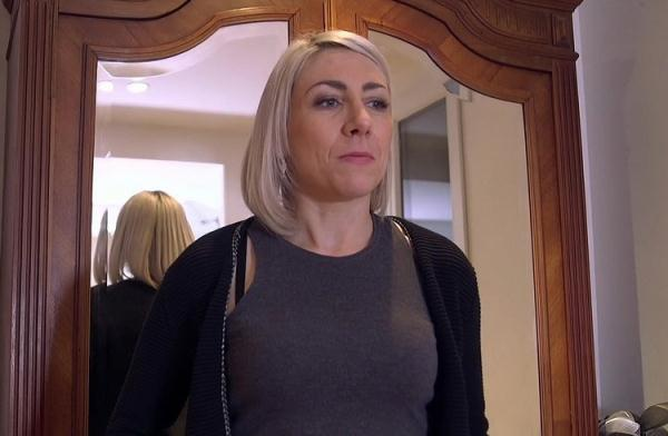 Julie, fantasme tres particulier - Julie [JacquieEtMichelTV/Indecentes-Voisines] (FullHD 1080p)