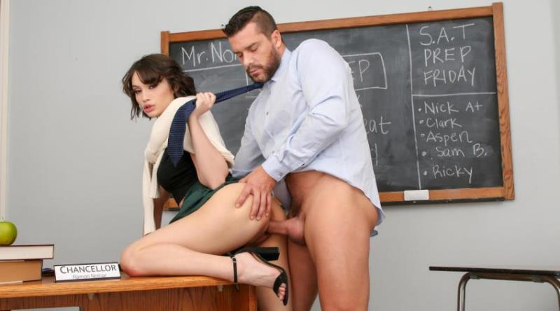 Liv Wild - This Petite Babe Proves She Can Handle Anything [2K UHD/2160p/5.51 Gb] CherryPimps.com