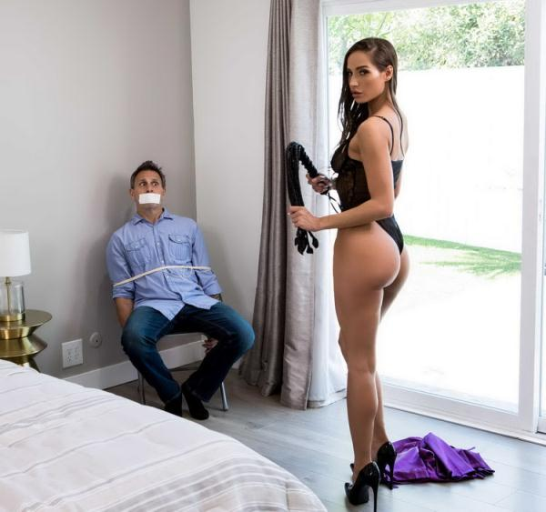 Brazzers Exxtra/Brazzers: Desiree Dulce - I Thought I Was The Criminal (FullHD) - 2021