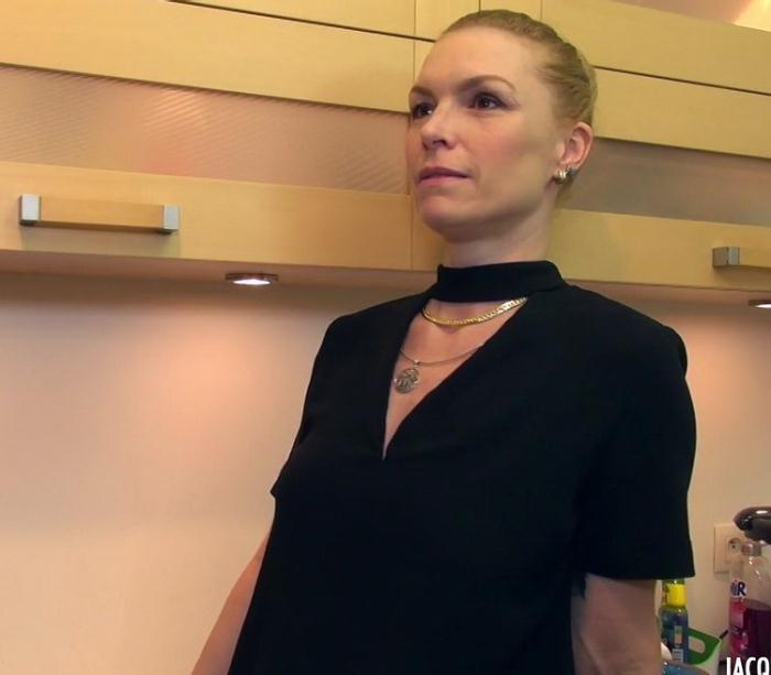 Gabrielle - Gabrielle, 41ans, prof de pole dance (FullHD 1080p) - JacquieEtMichelTV/Indecentes-Voisines - [2021]