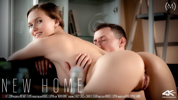 Britney Light - New Homeoves Fucking A Big Cock LIVE! [FullHD/1080p/1.22 GB] SexArt/MetArt