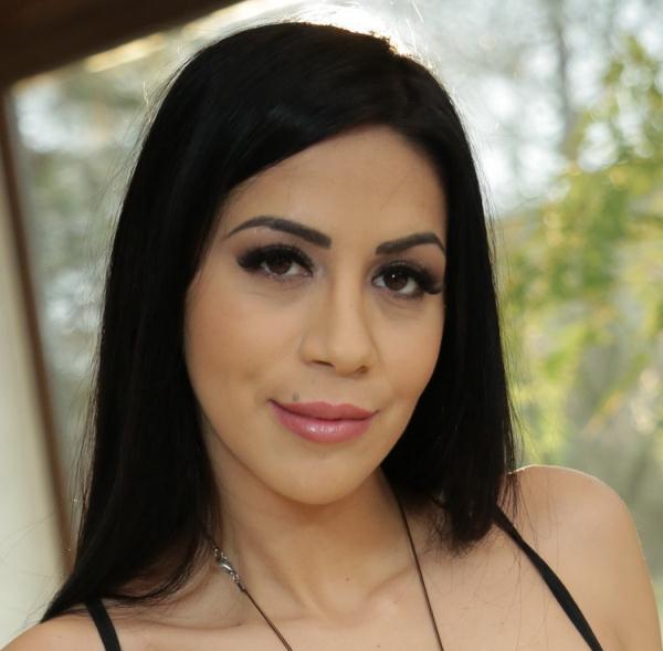 AssHoleFever/21Sextury: Julia De Lucia - Dirty Little Games (FullHD) - 2021