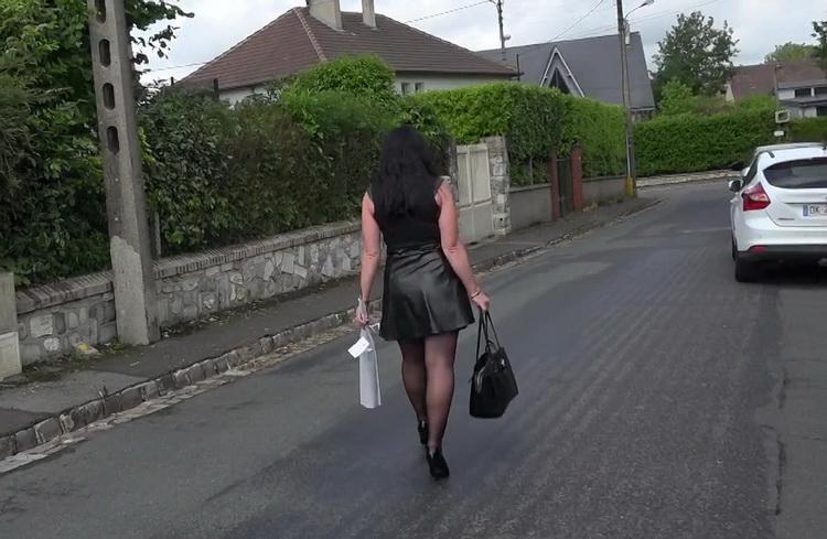Berenice - Berenice, 39ans, de Quincampoix [FullHD/1080p/1.09 GB] JacquieEtMichelTV/Indecentes-Voisines