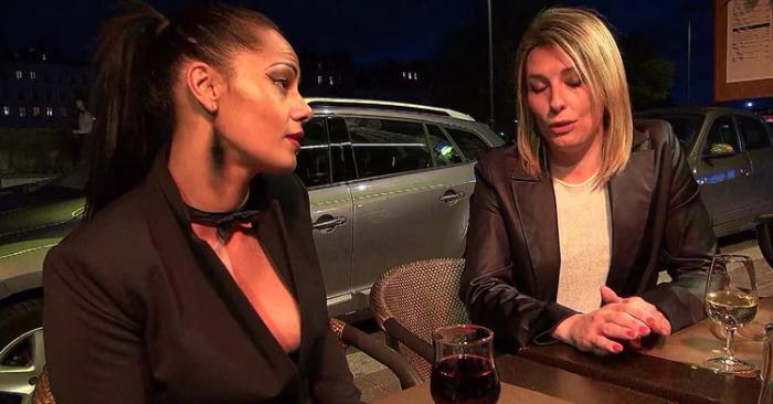 Clelie, Emma - Clelie fait son marche en club a Lyon (HD 720p) - JacquieEtMichelTV/Indecentes-Voisines - [2021]