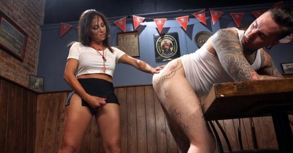 TSSeduction/Kink: Jaquelin Braxton - Jaqueline Braxton fucks, then gets fucking shooting a huge fat load! (HD) - 2021