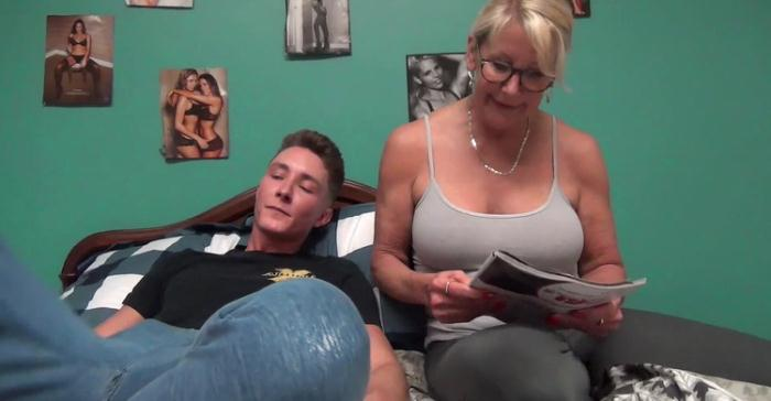 Bianca - MOMMY'S BEDTIME STORY (FullHD 1080p) - TABOO/Clips4Sale - [2021]