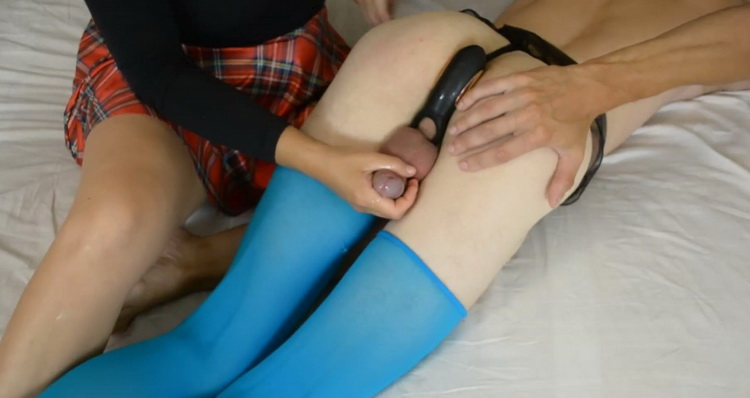 lisafem - I Squeezes Sperm out of his Balls. Cock Milking Time [lisafem] FullHD 1080p